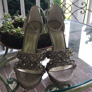 Adrianna Papell Gold Sparkly Heels.
